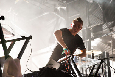 odesza-by-pierrebourgault-ilesoniq-2015-60