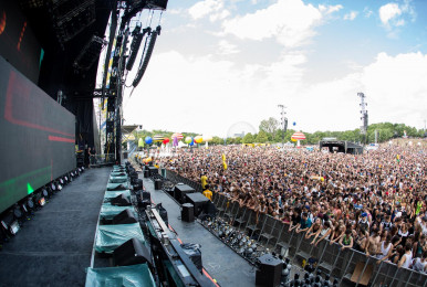 Crowd-IleSoniq2016-byPierreBourgault-28