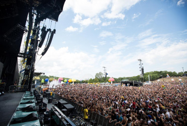 Crowd-IleSoniq2016-byPierreBourgault-31
