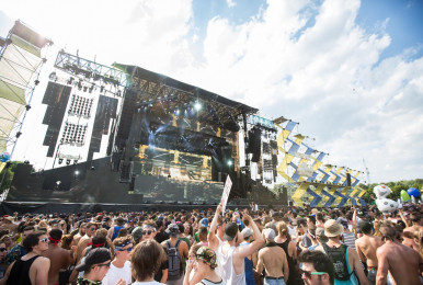 Crowd-IleSoniq2016-byPierreBourgault-32