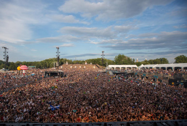 Crowd-IleSoniq2016-byPierreBourgault-52